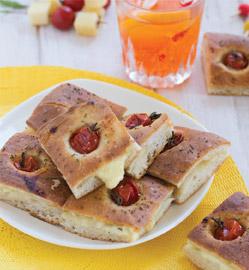 Recette - Focaccia tomates cerises Saint-Nectaire